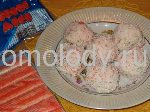 Cheese Balls coated with grated Crab meat