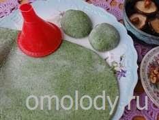 Пельмени из крапивы с картофелем и грибами, рецепт