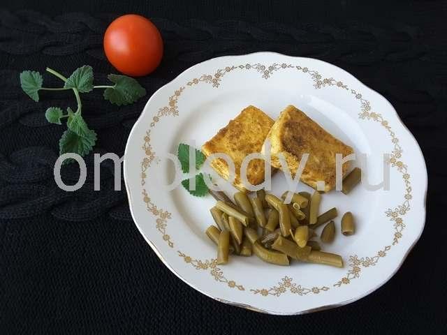 жареный тофу с пряностями и овощами