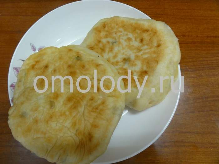 Olady with spinach or nettles, pancakes